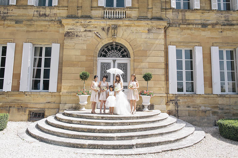 bride and bridesmaids at chateau la durantie