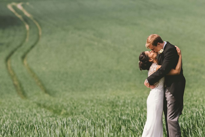 stunning wedding photography wiltshire