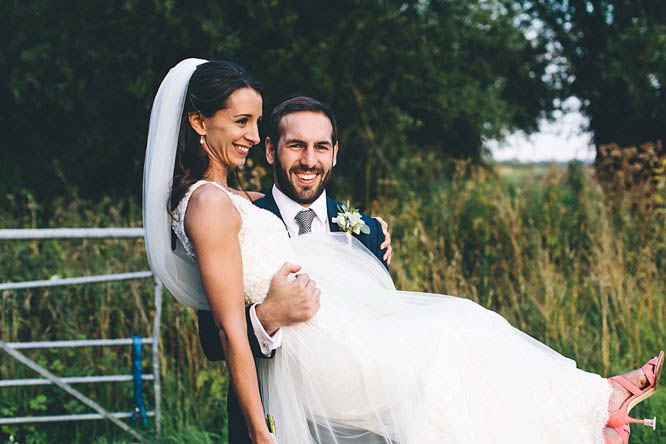 modern wedding photos cotswolds