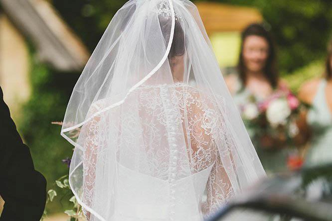 reportage wedding photographers in buckinghamshire