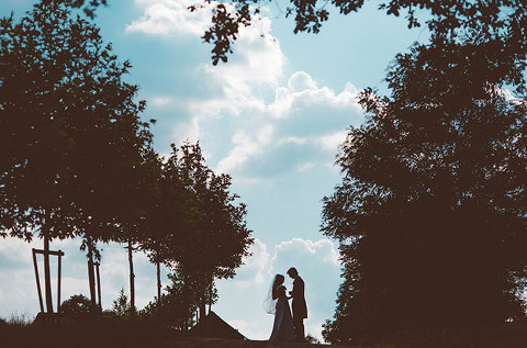 wedding-photographers-chateau-les-merles