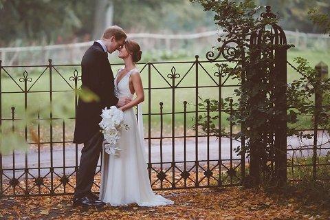 sudeley castle photos wedding