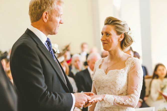 the lantern hall farnham castle wedding photos