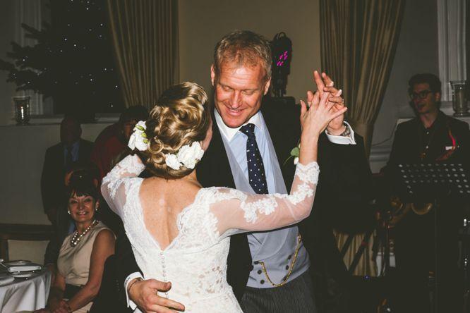 photographer farnham castle winter wedding