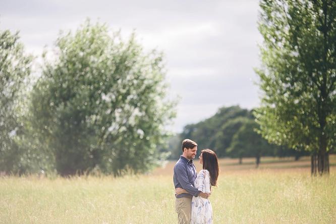 london engagement photograph