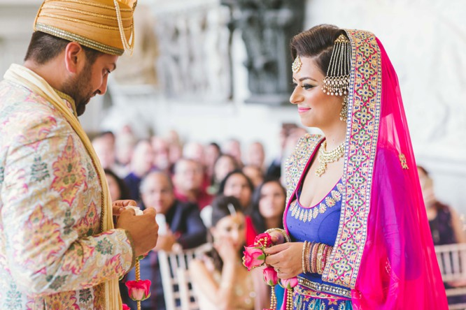 indian wedding photography posing bride and groom images photography